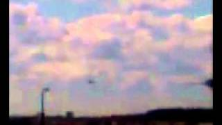 As Cited on Tucker Carlson Link Below-REAL UFO SIGHTING AT O'HARE AIRPORT TAKEN ON CELL PHONE NOV 7,