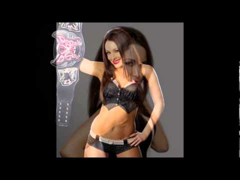 BRIE BELLA HOT PICS