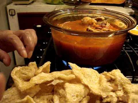 Receta Chicharrón en Salsa Roja con Nopales