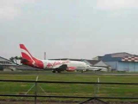 Pesawat Air Asia Indonesia Air Asia Indonesia Boeing 737
