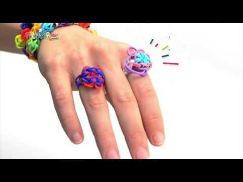Comment faire un fin collieren rainbow loom videolike - Comment faire des bracelets en elastique ...