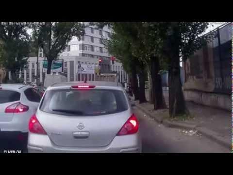 Стрельба из автомата на Подоле (без цензуры)