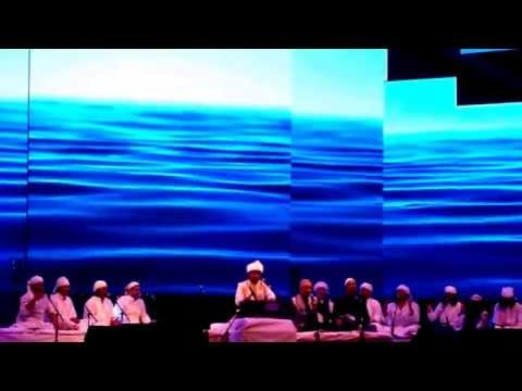 A. R. Rahman 'piya Haji Ali' Live In Concert Dubai 2014 #dubaisufiweekend video