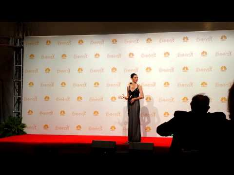 Back stage at Emmy Awards 2014: Julianna Margulies (