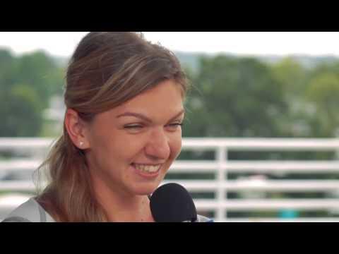 15-LOVE Simona Halep