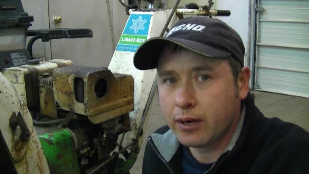How To Clean An Older 8hp Briggs  U0026 Stratton Carburetor