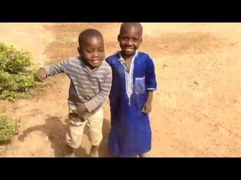 رقص أطفال أفارقة بشكل جميل - funny african children dance thumbnail