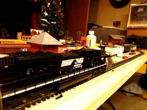 MTH HO Norfolk Southern EMD SD70M-2 Review