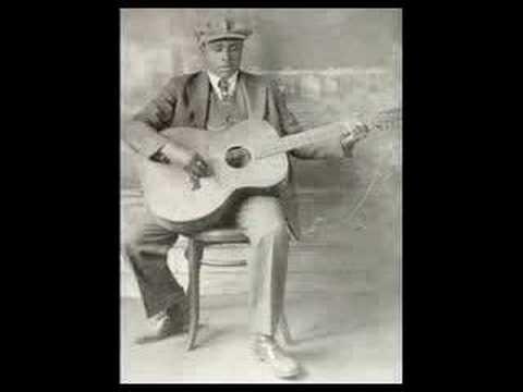 Blind Willie Johnson - Dark Was The Night Cold Was The Ground
