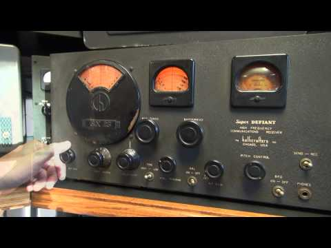 Vintage Hallicrafters SX-25 Super Defiant Shortwave Tube Receiver Radio Demo