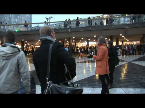 Biggest flashmob in Sweden - Sergels Torg