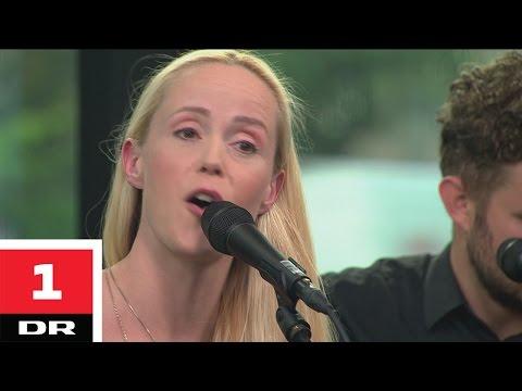 Tina Dico - Pigen Ud Af Aarhus