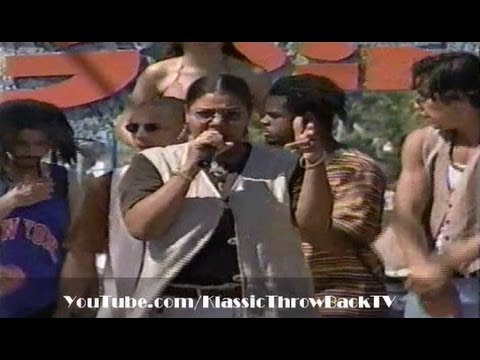 "Queen Latifah - ""U.N.I.T.Y."" Live (1994)"