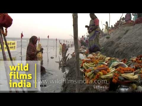 Hindu devotees pray to Sun God as part of the Chhath puja Delhi...