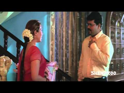 Manchi Mitrulu Comedy Scenes - Asha Saini trying to hide a man...