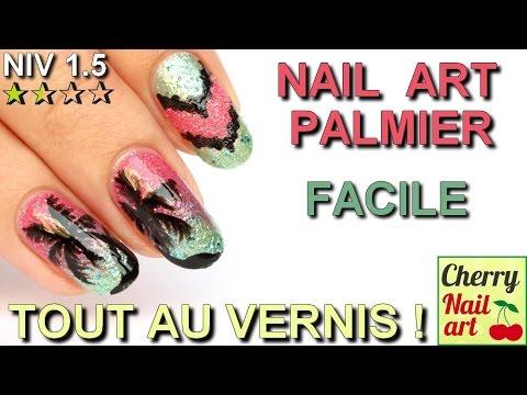 Nail art palmier facile pour l'été