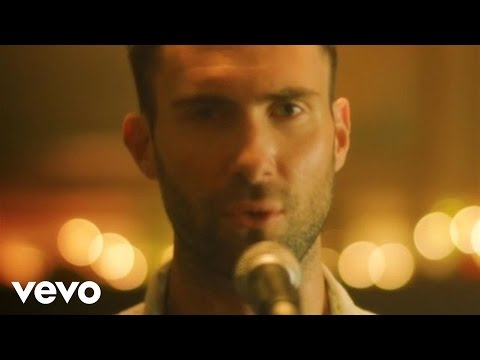 Смотреть клип Maroon 5 - Give A Little More