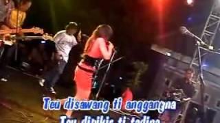 download lagu Mawar Bodas - Rena Kdi Monata gratis
