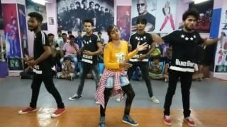 download lagu Tu Cheez Badi Choreography By D4 Dance Academy,  gratis