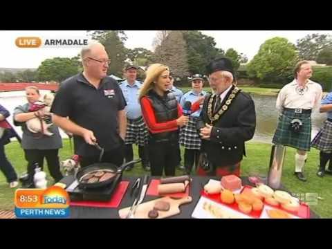 Perth Kilt Run 2015 Part 2   Today Perth News