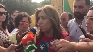 Susana Díaz visita la zona del incendio de Moguer