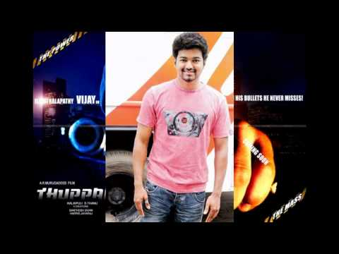 Actor Vijay handles Camera in Thuppakki