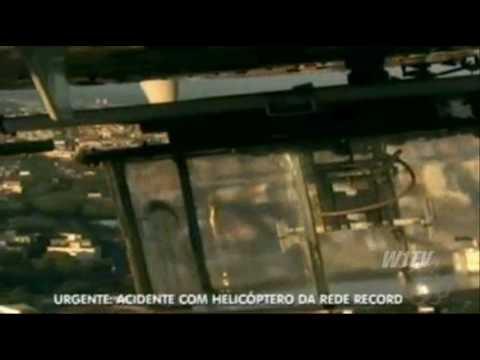 Helicóptero da TV Record cai em São Paulo, veja o momento da queda.