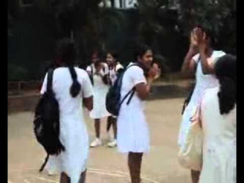 LANKAN SCHOOL GIRLS FUN - WWW.VISHVAYA.COM