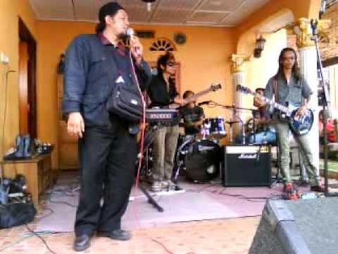 KEINSAFAN,MIRA EDORA by vokalis k'rabat wicitra with fulltone band.