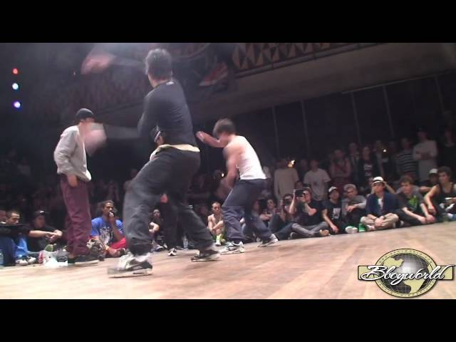 TG BREAKERS vs HUSTLE KIDZ (FLOOR WARS 2010) WWW.BBOYWORLD.COM