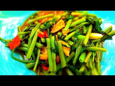 Pak bung fai dang (Stir fried spicy morning glory). Thai healthy food recipe