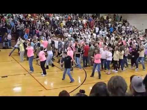 East Davidson High School Teacher Wobble flashmob