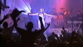 Indira Radic - Moj zivote da l' si ziv - (LIVE) - (Hala sportova 2004)