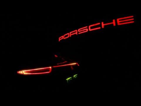Новый Porsche 911 Carrera 4 - Две впечетляющие красные линии