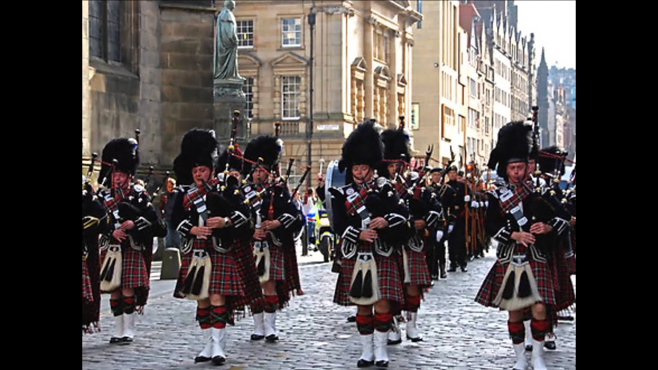 The Royal Scots Dragoon Guards The Pipes And Drums And Military Band Of The Royal Scots Dragoon Guards Little Drummer Boy