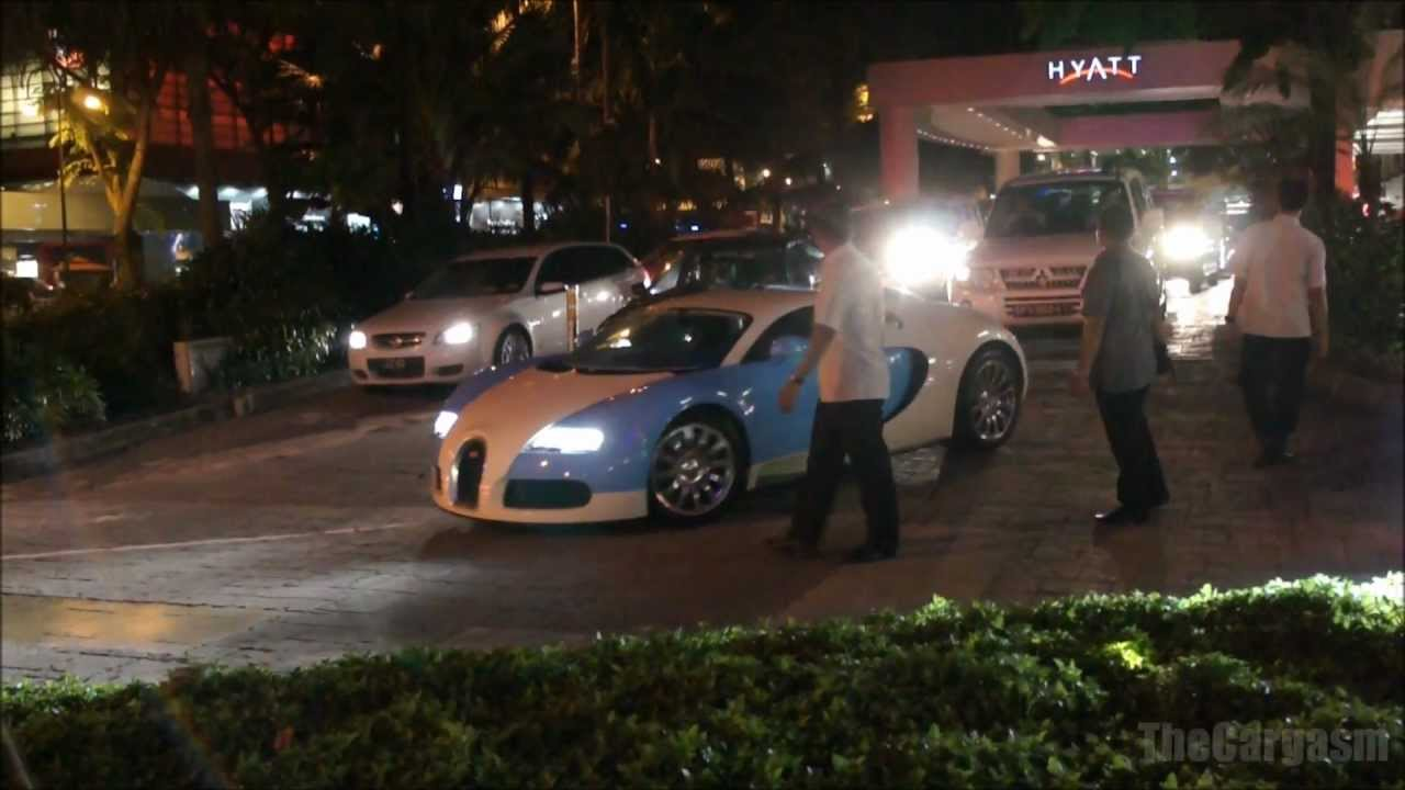 Bugatti Veyron Amp Mercedes Mclaren Slr In Singapore Youtube