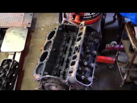 Chevy 454 Teardown Timelapsed