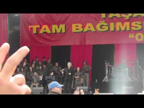 Grup Yorum Konseri - Zülfü Livaneli - Karlı Kayın ormanı