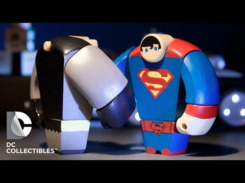 DC Collectibles - Batman/Superman Wood Figures