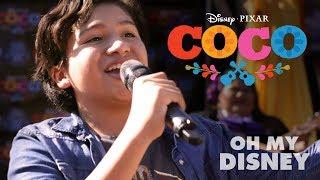 Disney Pixar 39 S Coco Magical Guitar Surprise Oh My Disney