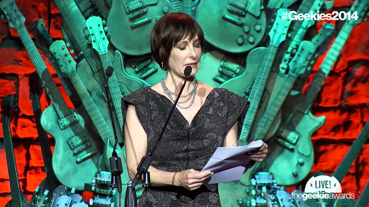 Gale Anne Hurd Accepts 'Stan Lee Lifetime Achievement Award' - The 2014 Geekie Awards