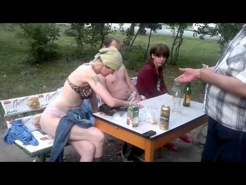 devushka-proigrala-v-karti-russkoe-porno-onlayn
