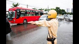 """CSGT Hà Nội xử lý xe khách hoạt động """"bát nháo"""" ngoài bến"""