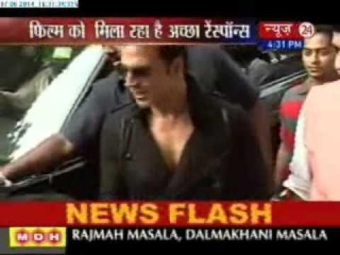 Akshay Kumar launches self-defence centre with Aditya Thackeray