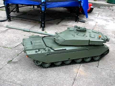 Challenger 1 tank RC radio control model
