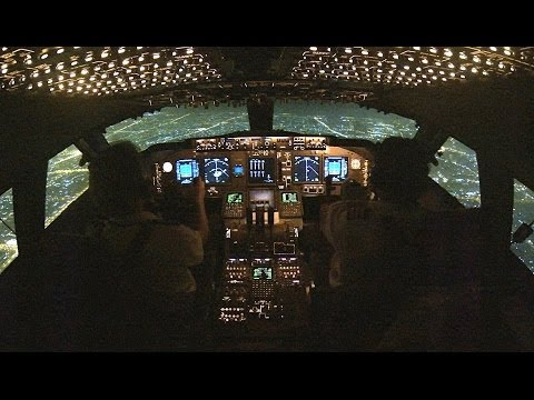 Beautiful night take-off from Sharjah International over the city. KLM Martinair Cargo Boeing 747-400ERF Recorded with a GoPro HERO3 Black at 2.7K https://twitter.com/Pilot_Channel https://www.fac...