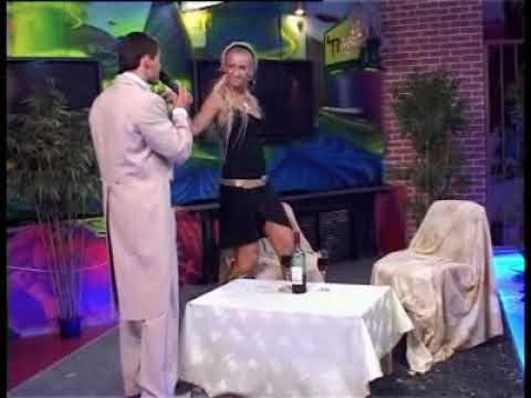 бузова в кафе танцует скидка