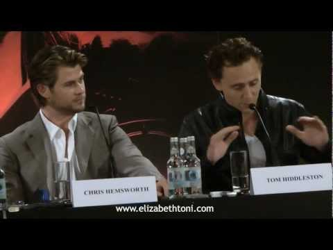 Tom Hiddleston,Chris Hemsworth And Kenneth Branagh At Thor Press Conference (11/04/2011)