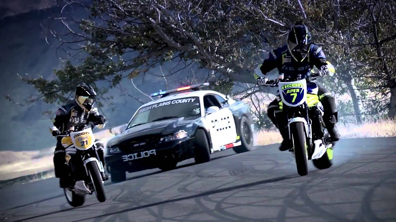 Bikes Vs Police DRIFT MOTO VS POLICE