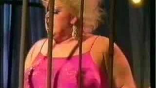 Watch Divine Shake It Up video